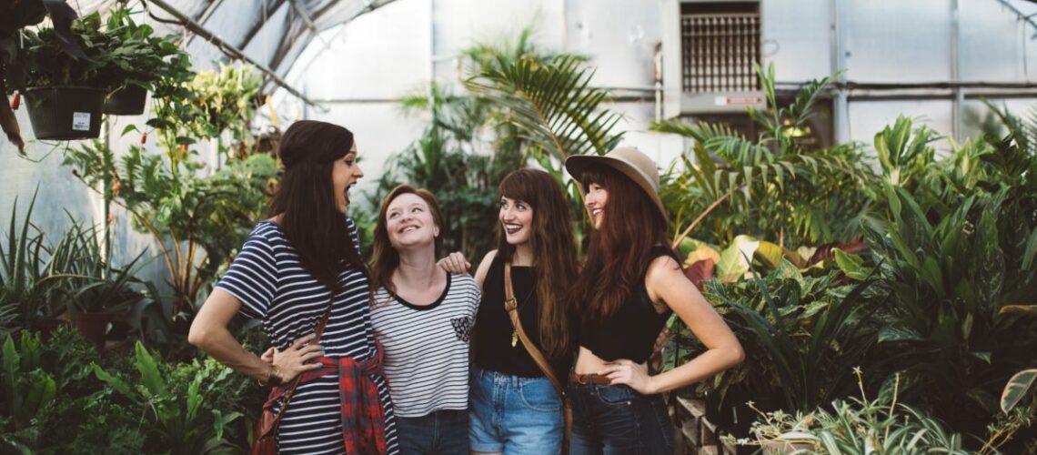 Chicas juntas easydona